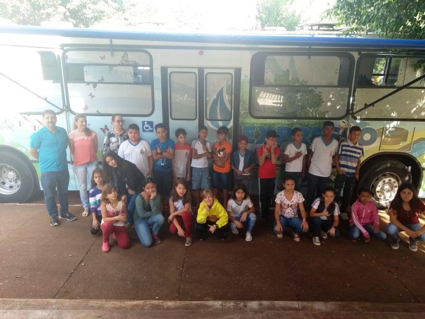 """""""Eco Expresso"""" sucesso entre alunos, ficará até hoje em Iretama"""