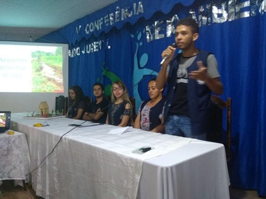 Secretária de Meio Ambiente prestigia projetos apresentados na V Conferência Nacional Infanto Juvenil pelo Meio Ambiente promovido por alunos e professores do Colégio Estadual José Sarmento Filho
