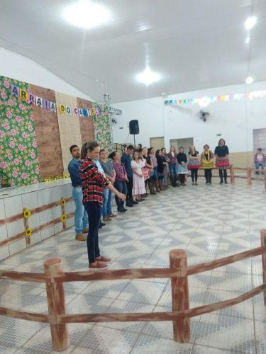 Festa Junina dos CMEIs Castelo Encantado/ O Pequeno Polegar/ Escola Osmar Rodrigues de Farias