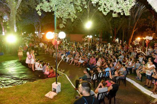 CHEGADA DO PAPAI NOEL, E, ABERTURA DAS FESTIVIDADES NATALINA