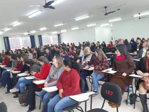 Professores de Iretama participam do  I Seminário de Diretos Humanos realizado no município de Pitanga