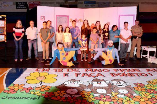 """""""Iretama Faz Bonito"""": Realiza campanha de Combate ao Abuso e Exploração Sexual de Crianças e Adolescentes."""