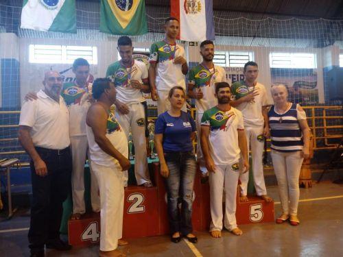 Educador Social e Alunos do SCFV de Iretama, participam de Encontro Regional de Capoeira em Luiziana