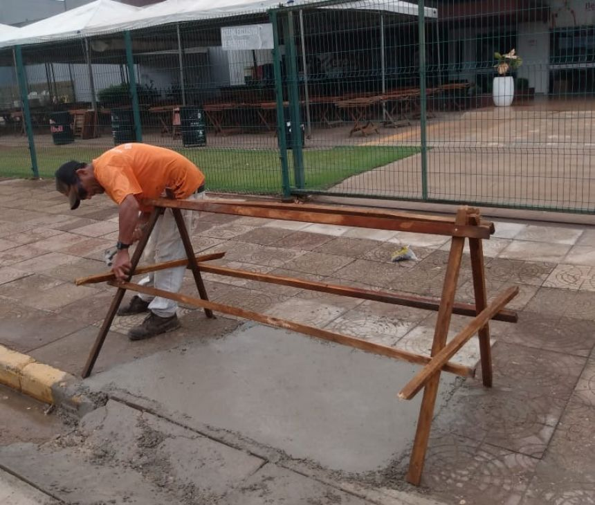 Rampas de acessibilidade são construídas e reformadas em Vilhena pela Prefeitura