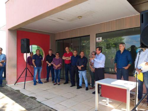 Policlínica João Luiz: prefeito lança reforma de R$ 600 mil com presença de vereadores