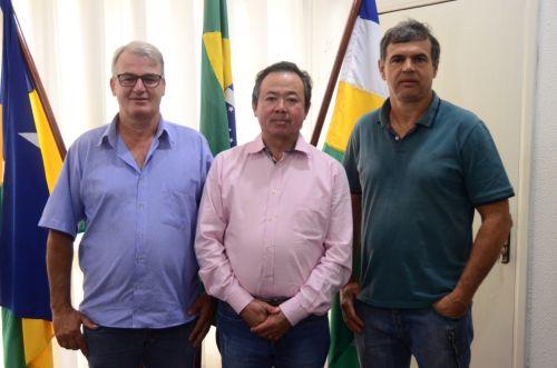 Novos secretários iniciam atividades nas secretarias de Obras, Agricultura e Procuradoria