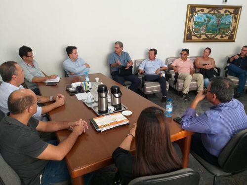 Ex-prefeito de Maringá se reúne com Japonês e secretários municipais de Vilhena para troca de experiências