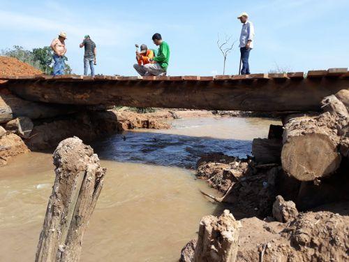 Prefeitura de Vilhena constrói ponte sobre o rio Pires de Sá