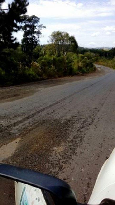 Massa asfáltica na Estrada João Maria de Jesus (Ibema)