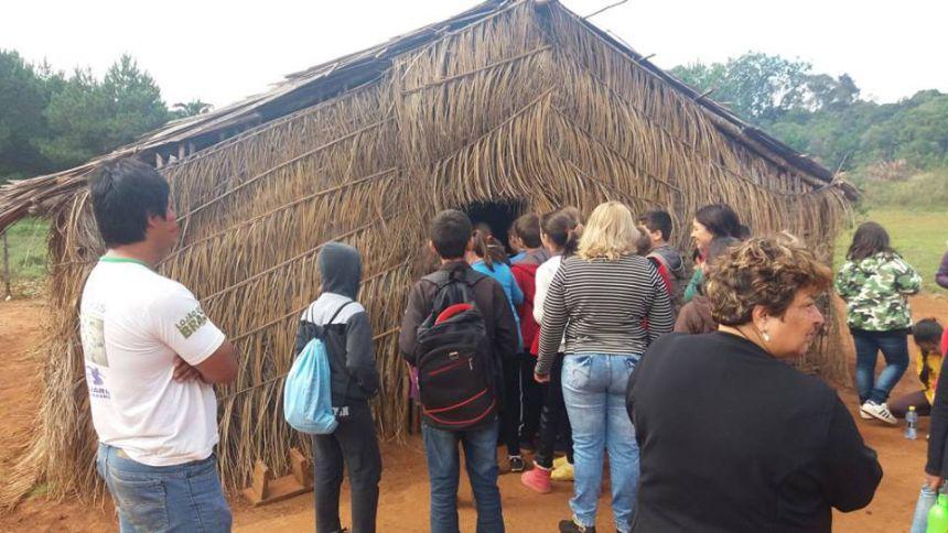 Visita ao aldeia Guarani