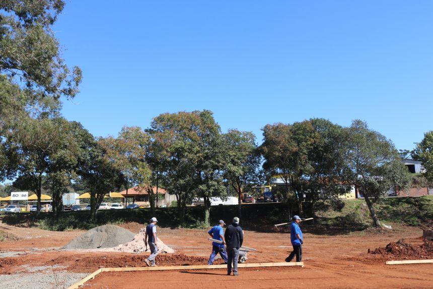 Seguem as obras no Parque esportivo e de lazer