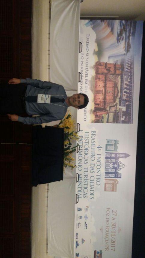 Secretário de Indústria, Comércio e Turismo participa de evento em Foz