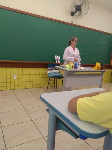 """""""Saúde na Escola"""" é a iniciativa da saúde em promover palestras para alunos de Turvo"""