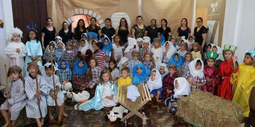 Teatro alunos do CMEI Irmã Ancila