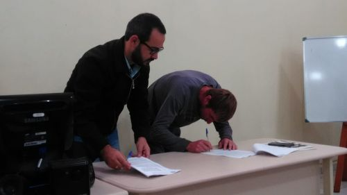 Turvo firma parceria com associação de Catadores de Materias Recicláveis