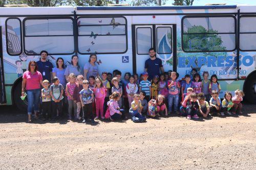 Eco Expresso Sanepar - Projeto Rio a Rio faz visitação nas escolas do município
