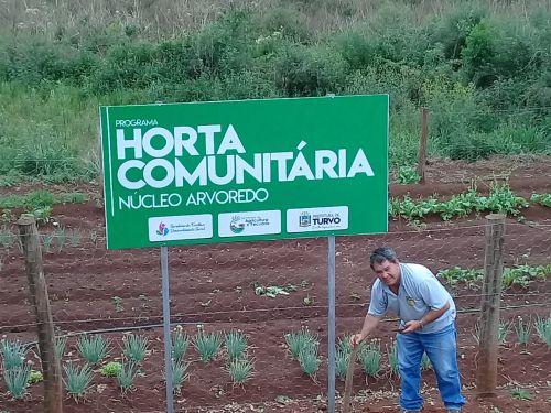 Projeto Hortas Comunitárias recebem placas de identificação
