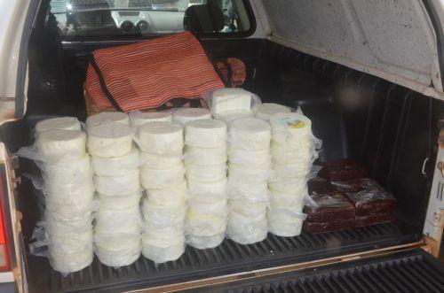 Vigilância Sanitária apreende queijos e goiabada