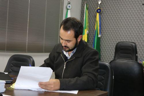 Prefeitura de Turvo concede reposição salarial aos servidores municipais