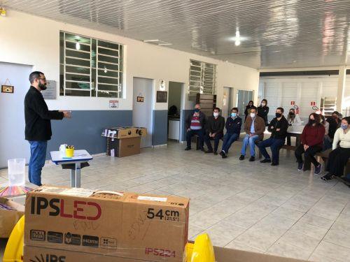 Visita Escola Municipal do Campo