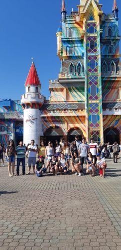 Ganhadores do Concurso Araceli viajam para o Beto Carrero
