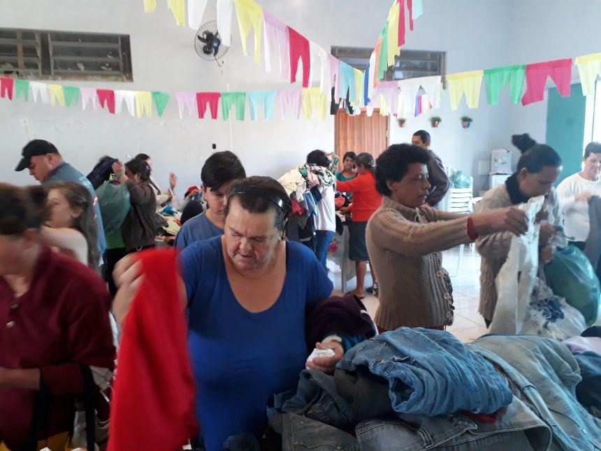 Bazar Social realizado pela Secretaria de Assistência Social