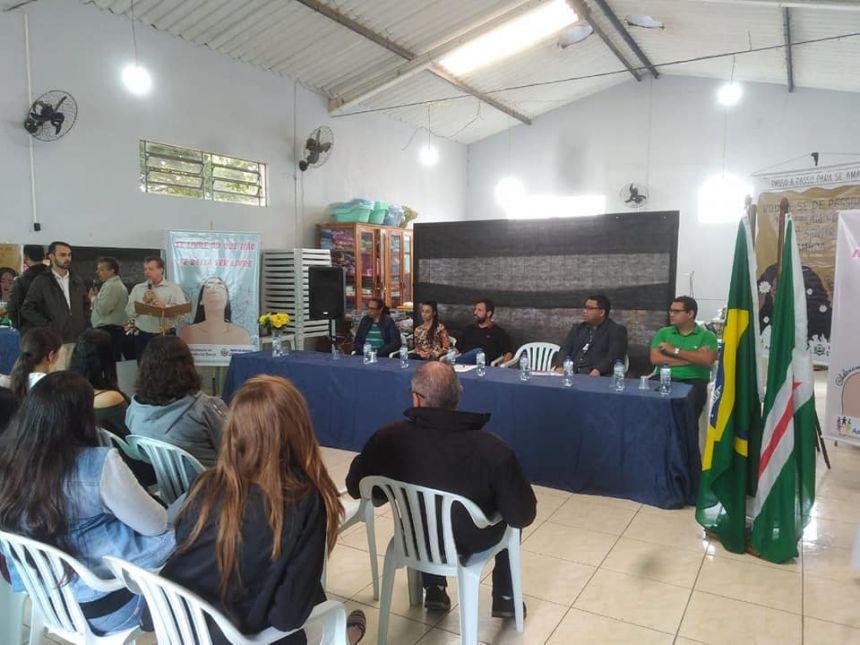 SENAC celebra convênio instalando a unidade móvel de MODA E BELEZA