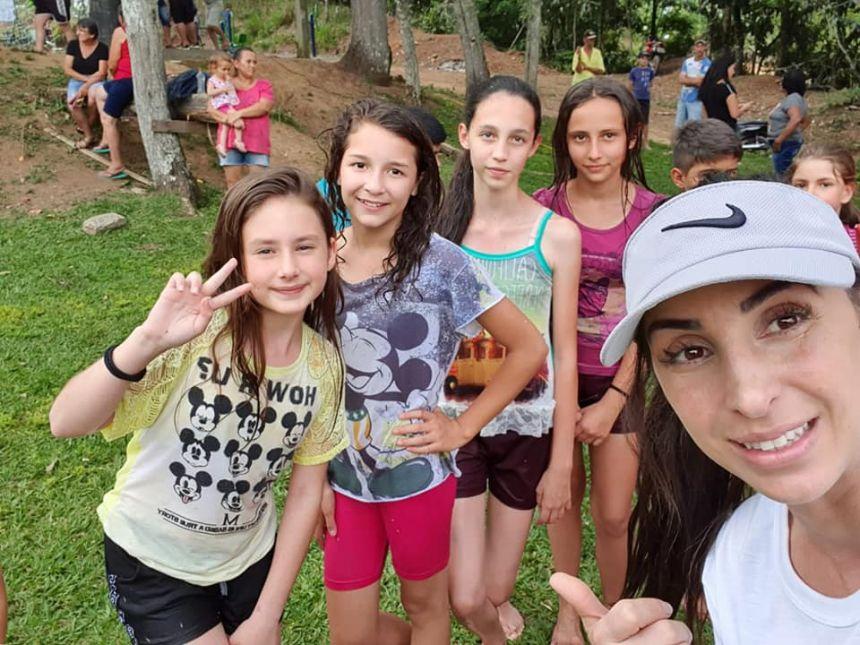 Atividades recreativas em conjunto com a equipe da Assembléia de Deus no Areião