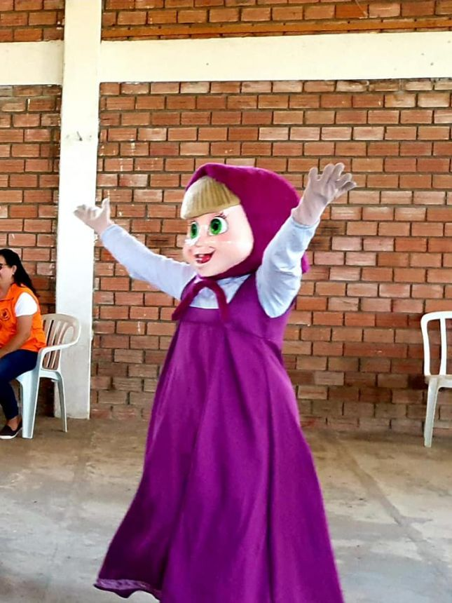 Apresentação teatral para crianças da rede municipal
