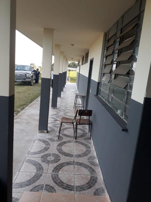 Reforma e revitalização da Escola Municipal da comunidade Marumbi