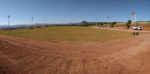 Estadio Municipal recebeu nos últimos dias a instalação do sistema de iluminação
