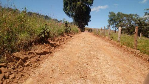 Recuperação de estradas rurais