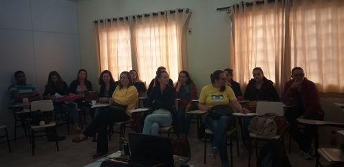 AUTISMO, ESTILOS DE APRENDIZAGEM E SEQUÊNCIAS DIDÁTICAS ESTUDADOS PELOS  PROFISSIONAIS DA EDUCAÇÃO ESPECIAL