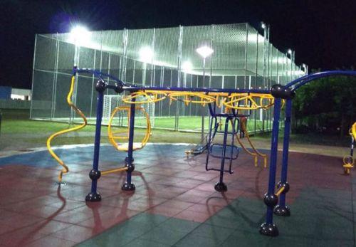 Complexo esportivo Tadeu Pazio conta com uma academia ao ar livre e campo de futebol Society