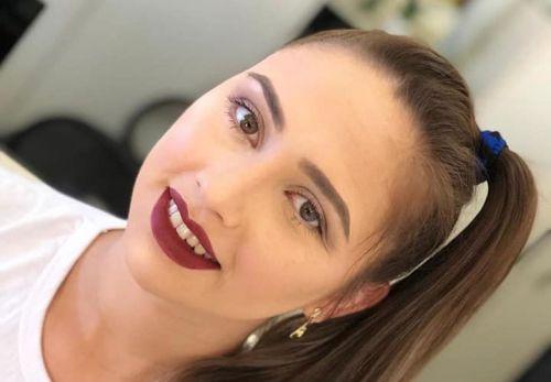 Curso de maquiagem em parceria com o SENAC