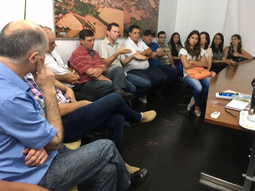 ADMINISTRAÇÃO MUNICIPAL DE NOVA AURORA REALIZA SUA PRIMEIRA REUNIÃO DE TRABALHO