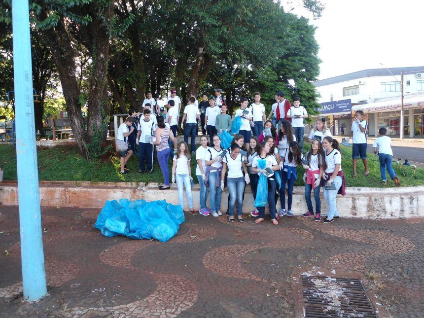 Departamento de Endemias realiza trabalho de conscientização aos alunos do Jorge Nacli