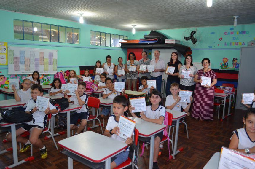 """Escolas de Nova Aurora aderem ao """"Educação Financeira"""" desenvolvido pela Itaipu"""
