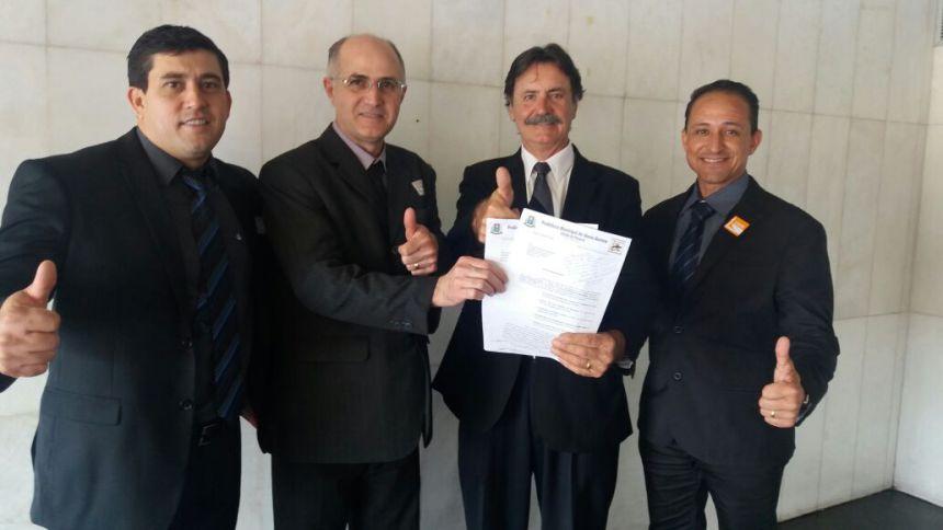 Pedro visita gabinete do Deputado Frangão e sai otimista de conversa em Brasília