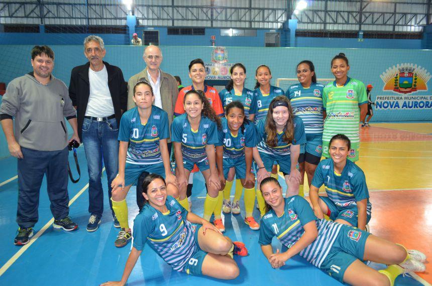 Nova Aurora sedia Copa Feras do Futsal e time da casa vence campeonato