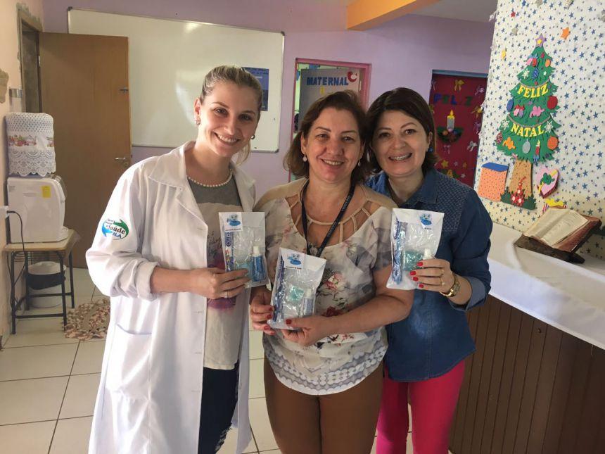 Saúde distribuiu kits odontológicos nos CMEI′s de Nova Aurora