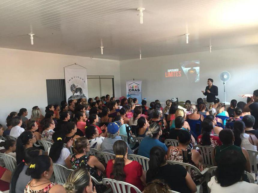 Assistência Social realiza encontro com beneficiários do Bolsa Família