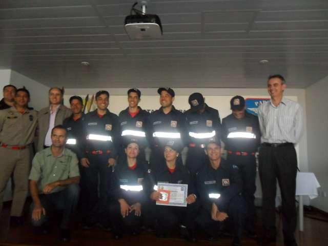 Bombeiro Comunit�rio inicia atividades em Nova Aurora