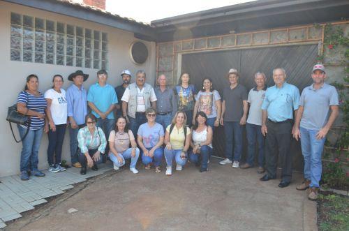 Produtores e lideranças de Juranda visitam agroindústrias de Nova Aurora