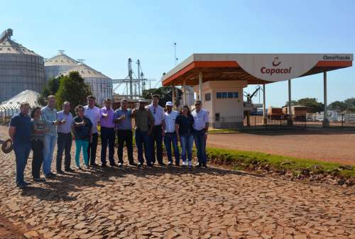 """Prefeito """"Pecinha"""" e autoridades vistoriam obras no município"""