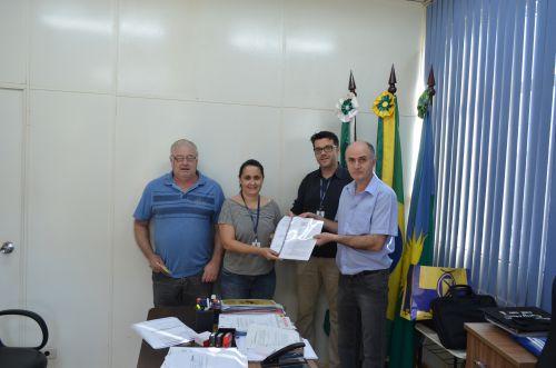 Sindicato dos Servidores Públicos Municipais Protocolam Resultado de Estudo