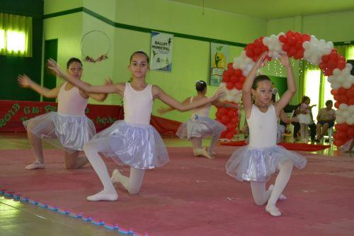 Ballet e Ginástica Rítmica encerram atividades do ano de 2019 com apresentações