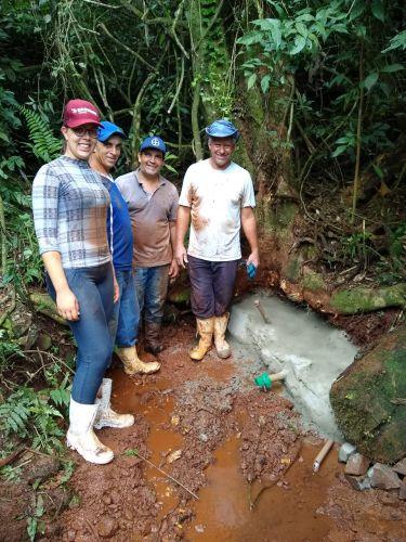 Município e Itaipu recuperam nascente d′água