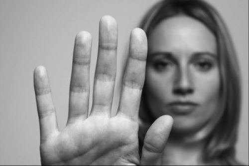 Conselho da Comunidade realiza evento de combate ao feminicídio