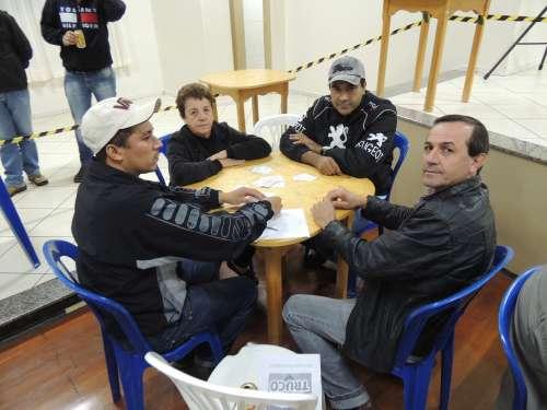 Iniciou o 1º Campeonato Municipal de Truco